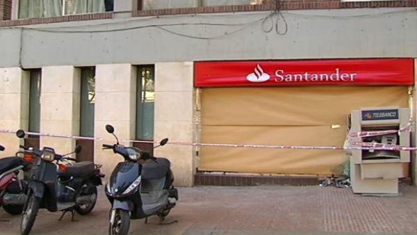 Explosi n en un cajero for Santander cajeros madrid