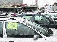Venta de coches en la calle