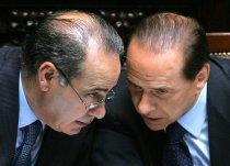 Pisanu y Berlusconi