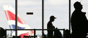 Un avión de British Airways, en el aeropuerto de Heathrow