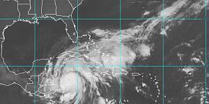 Wilma en una imagen de la pasada madrugada (NOAA)