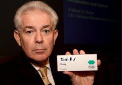 William M. Burns, presidente ejecutivo de la división farmaceútica de Roche que fabrica el Tamiflu