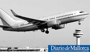 Un Boeing 737 utilizado por la CIA (FOTO: Diario de Mallorca).
