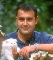 Carlos Rodríguez, veterinario y escritor.