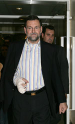 Rajoy sale del hospital