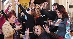Celebración del tercer premio de la Lotería en Mataró.