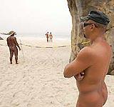 policias desnudos brasil