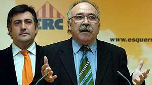Josep Lluís Carod Rovira habla en presencia de Joan Puigcercos. (EFE)