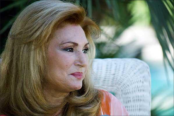 rocio jurado - 1. La cantante Rocío Jurado durante la conferencia de prensa que dio en su casa para comunicar la enfermedad que padece, el 17 de septiembre de 2004.