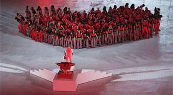 Artistas en la inauguración de los Juegos Olímpicos en Turín