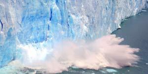 El glaciar se derrumba en 2004.