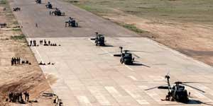 Helicópetos que participan en el mayor ataque sobre Irak dede 2003