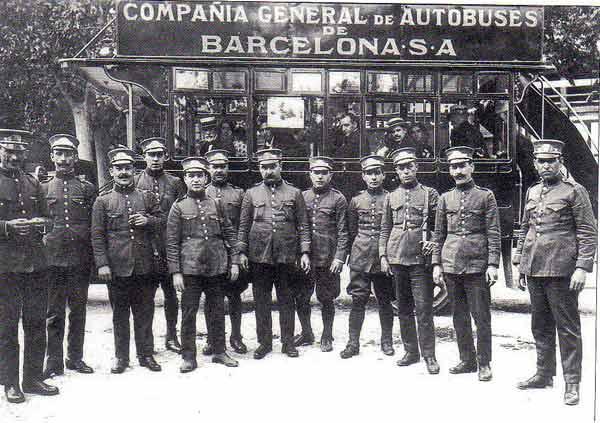 Fotografia antigua de la compañia general de autobuses