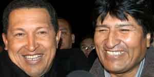 Chávez y Morales, dos de los protagonistas en la reunión de urgencia de Puerto Iguazú. (Efe)