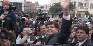 García es ovacionado por sus simpatizantes