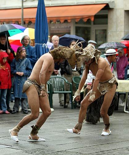 La Danza Venado es conocido como el baile de venado y fue realizado