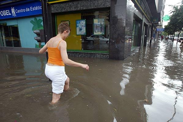 Foto 160606 salamanca inundaciones 24 horas en fotos for Salamanca 24 horas