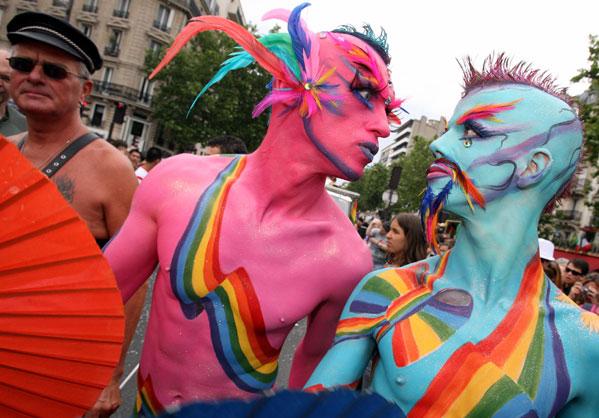 videos gays con dizfraces