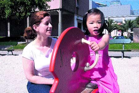 La cigüeña de las familias coruñesas viene de China