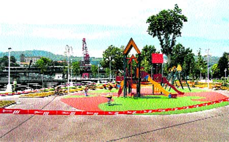 Botika Vieja recupera su parque
