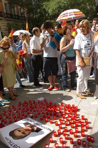 Los homenajes del Foro de Ermua al concejal asesinado han sido numerosos. (Víctor Larena)