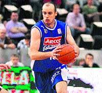 Carlos Jiménez.