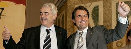 Maragall y Mas, tras la aprobación del nuevo Estatut en el Parlament de Cataluña.