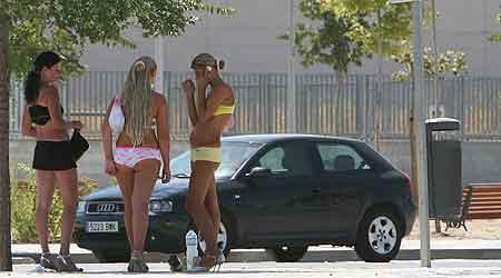 prostitutas el carmen prostitutas semidesnudas en la calle