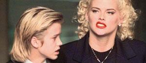 Anna Nicole Smith y su hijo Daniel.