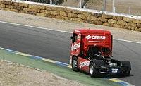 El camión, desde atrás. (Jorge París)