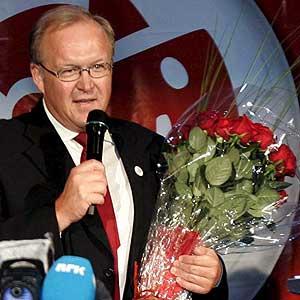 Goran Persson, reconoce su derrota.