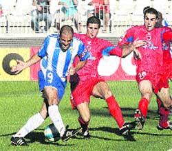 El Málaga aparca la Liga para pensar en la Copa
