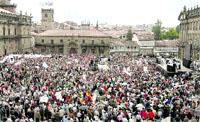 Miles de gallegos critican la gestión de los incendios