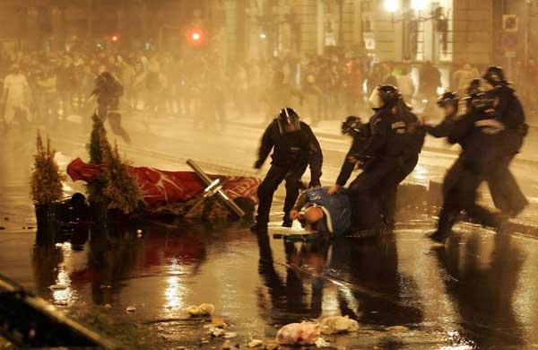 Disturbios en Budapest