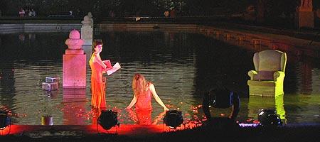 Teatro en los Jardines de Sabatini