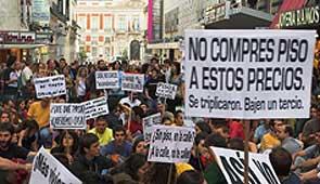 Concentración por la vivienda digan en Madrid. Foto, cortesía de nuestro lector Jacob van den Berg .