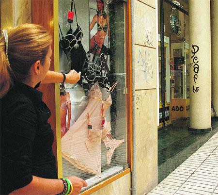 Exigen multas al 'graffiti' en los edificios privados