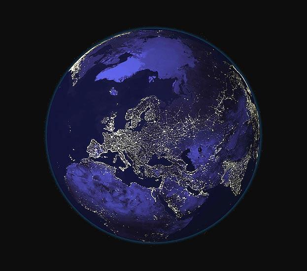 101106 La tierra de noche desde el espacio