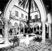 Un palacio de señuelo para venderle una casa