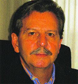 J. Luis Arrondo «Hay una relación profunda entre el hombre y su pene»