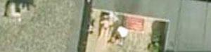 Esta mujer tomando el sol fue el primer desnudo que se hizo famoso en Google Earth
