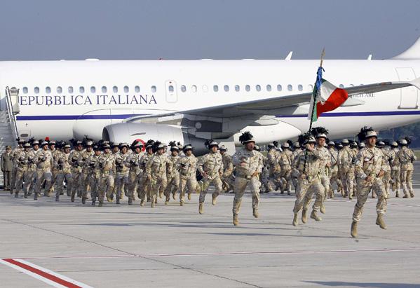 Soldados Italianos regresan de Irak