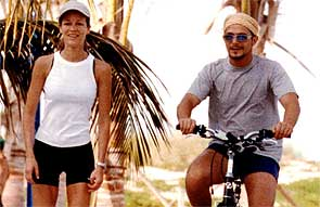 Alejandro Sanz y Jaydi Mitchell