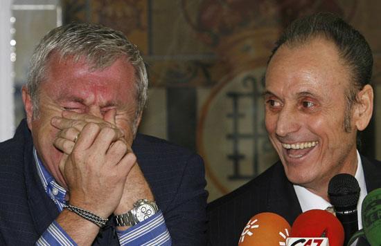 Lopera y Luis Fernández se 'parten'