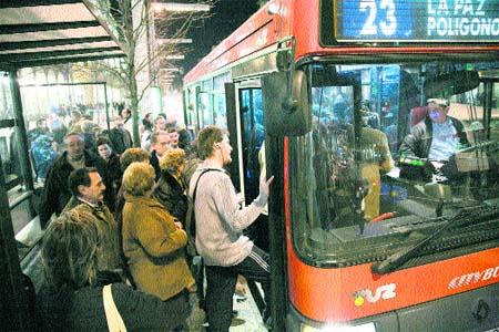 Las líneas con buses largos son las más irregulares