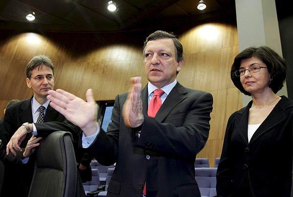 Durao Barroso, Kuneva y Orban