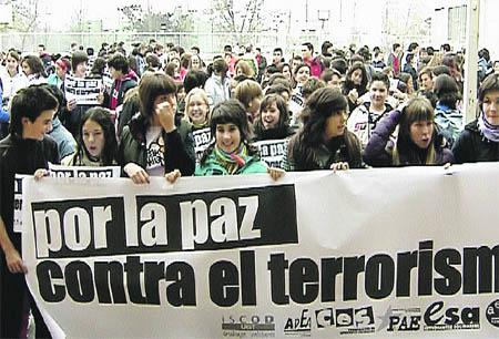 Estudiantes contra el terrorismo