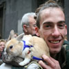 Juan Maldonado con su conejo Tambor. (Sergio González)