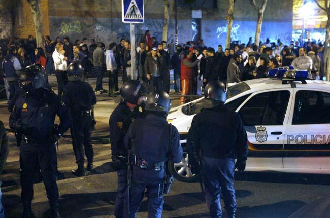 Los 'antidisturbios' vigilaban anoche las calles de Alcorcón