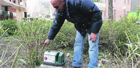 Llenan los jardines de aqu de trampas para las ratas for Ahuyentar ratas jardin